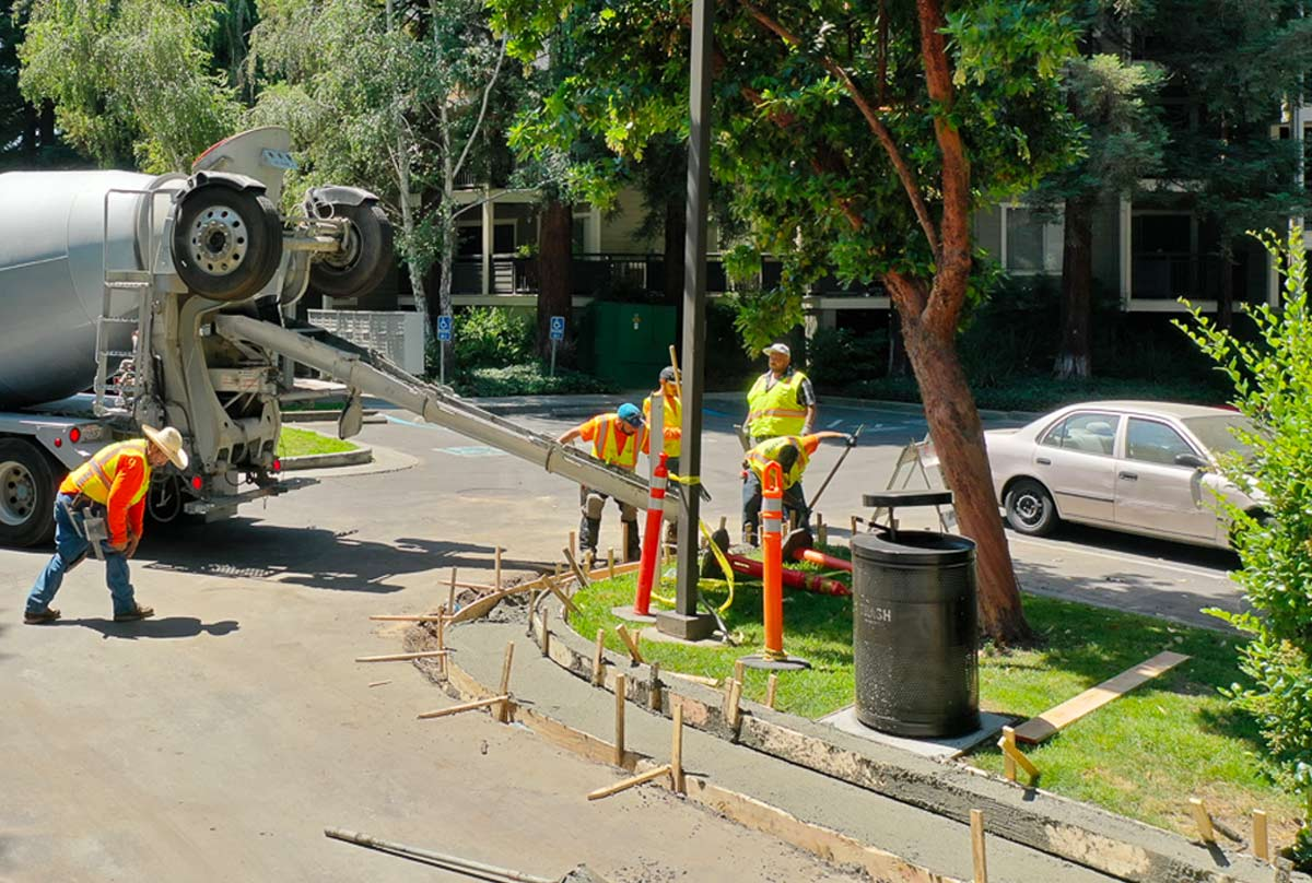 striping services and maintenance